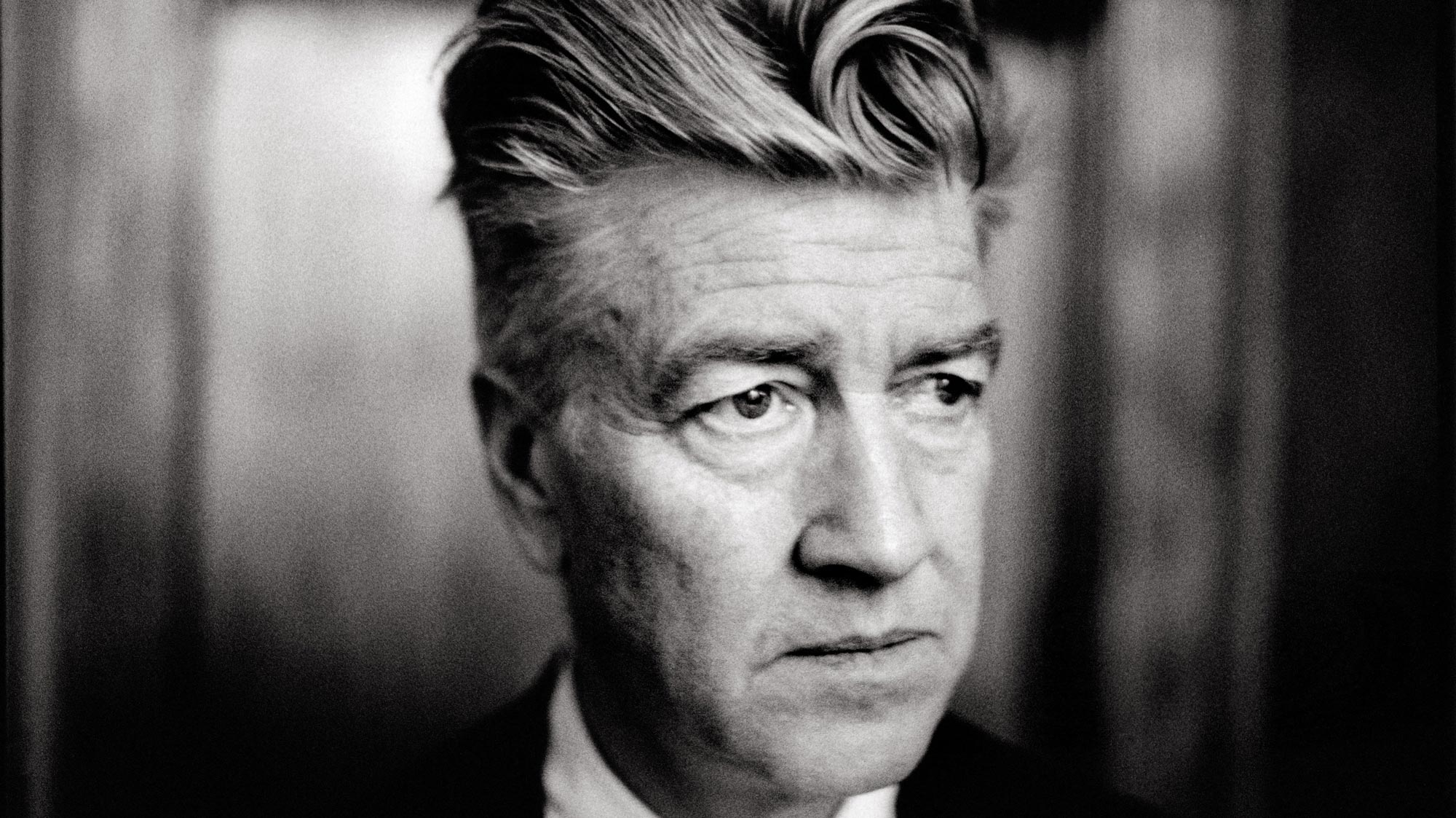 7 ART CINEMA | David Lynch | Articles, Informations, Extraits Videos, Photos, Filmographie | 1977 : Eraserhead, 1980 : The Elephant Man, 1984 : Dune, 1986 : Blue Velvet, 1990 : Sailor et Lula (Wild at Heart), 1992 : Twin Peaks: Fire Walk with Me, 1997 : Lost Highway, 1999 : Une histoire vraie (The Straight Story), 2001 : Mulholland Drive, 2006 : Inland Empire | David Keith Lynch est un cinéaste, photographe, musicien et peintre américain né le 20 janvier 1946 à Missoula, dans le Montana, aux Etats-Unis | Photographie