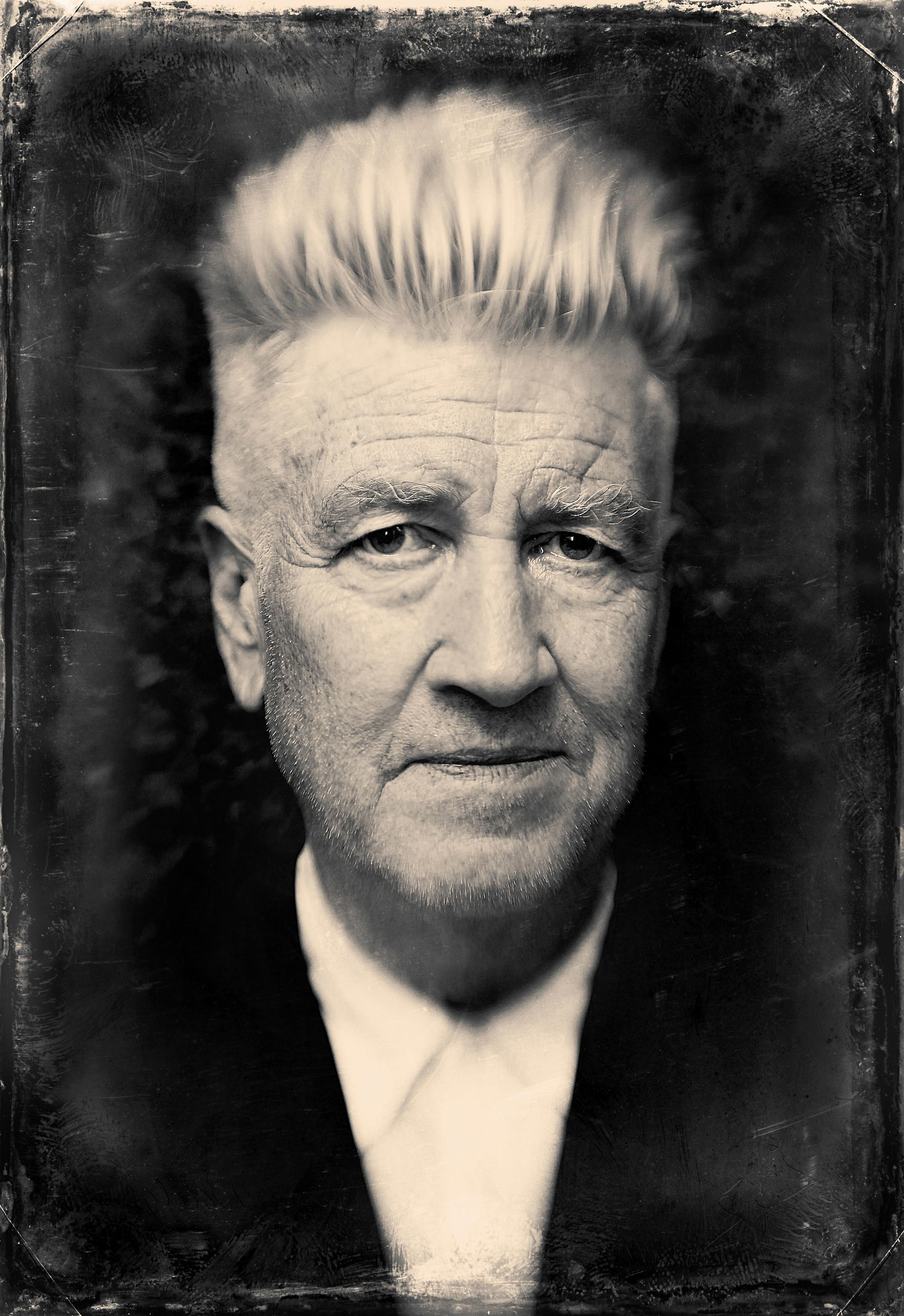 7 Art Cinema | David Lynch | Informations, Movies, Trailers, Photos, Filmography, American film director, screenwriter, composer | 1977 Eraserhead, 1980 The Elephant Man, 1984 Dune, 1986 Blue Velvet, 1990 Wild at Heart, 1992 Twin Peaks : Fire Walk with Me, 1997 Lost Highway, 1999 The Straight Story, 2001 Mulholland Drive, 2006 Inland Empire | David Keith Lynch (born January 20, 1946) is an American film director, television director, visual artist, musician, actor, and author | Photograph