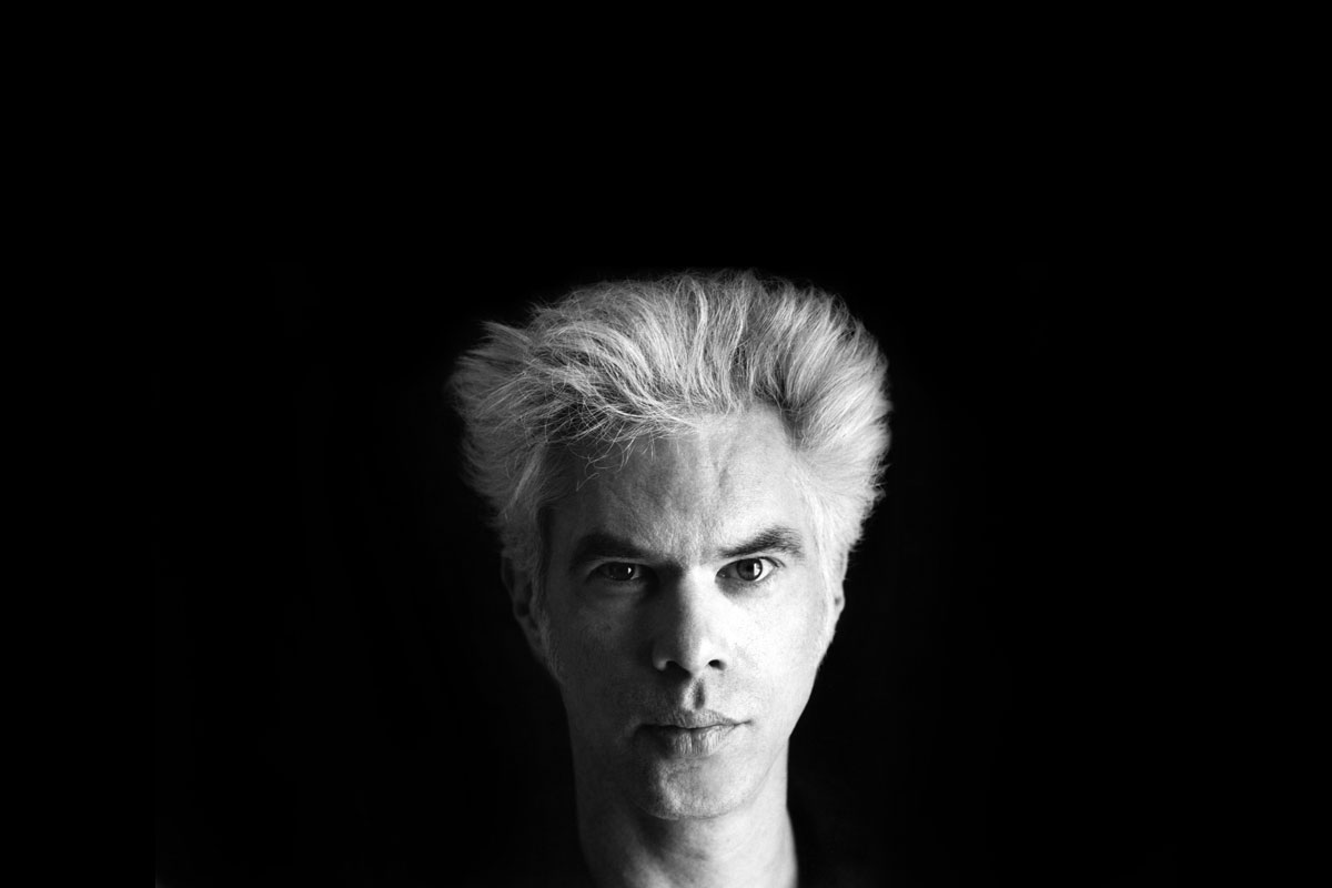 7 Art Cinema | Jim Jarmusch | 1980 - Permanent Vacation, 1983 - Stranger Than Paradise, 1986 - Down by Law, 1989 - Mystery Train, 1991 - Night on Earth, 1995 - Dead Man, 1999 - Ghost Dog : The Way of the Samurai, 2003 - Coffee and Cigarettes, 2005 - Broken Flowers, 2009 - The Limits of Control, 2013 - Only Lovers Left Alive, 2016 - Paterson | American independent film director, screenwriter, actor, producer, editor, composer | Photograph