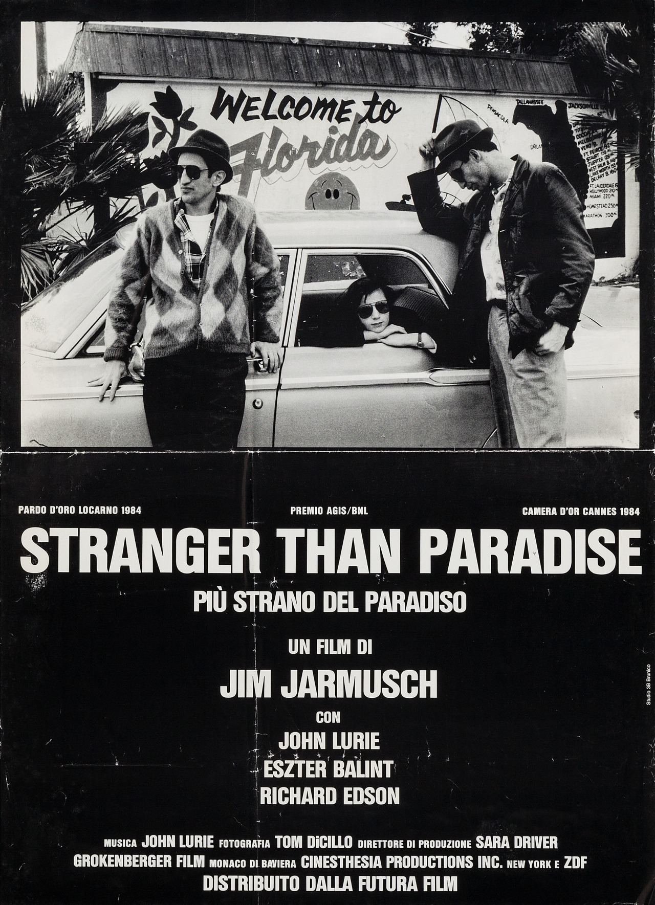 7 ART CINEMA | Jim Jarmusch | 1980 - Permanent Vacation, 1983 - Stranger Than Paradise, 1986 - Down by Law, 1989 - Mystery Train, 1991 - Night on Earth, 1995 - Dead Man, 1999 - Ghost Dog : The Way of the Samurai, 2003 - Coffee and Cigarettes, 2005 - Broken Flowers, 2009 - The Limits of Control, 2013 - Only Lovers Left Alive, 2016 - Paterson | American independent film director, screenwriter, actor, producer, editor, composer | Technical Specifications Sheet - Videos - Informations - Filmography - Cast - Dvd Covers - Film Posters - Photographs