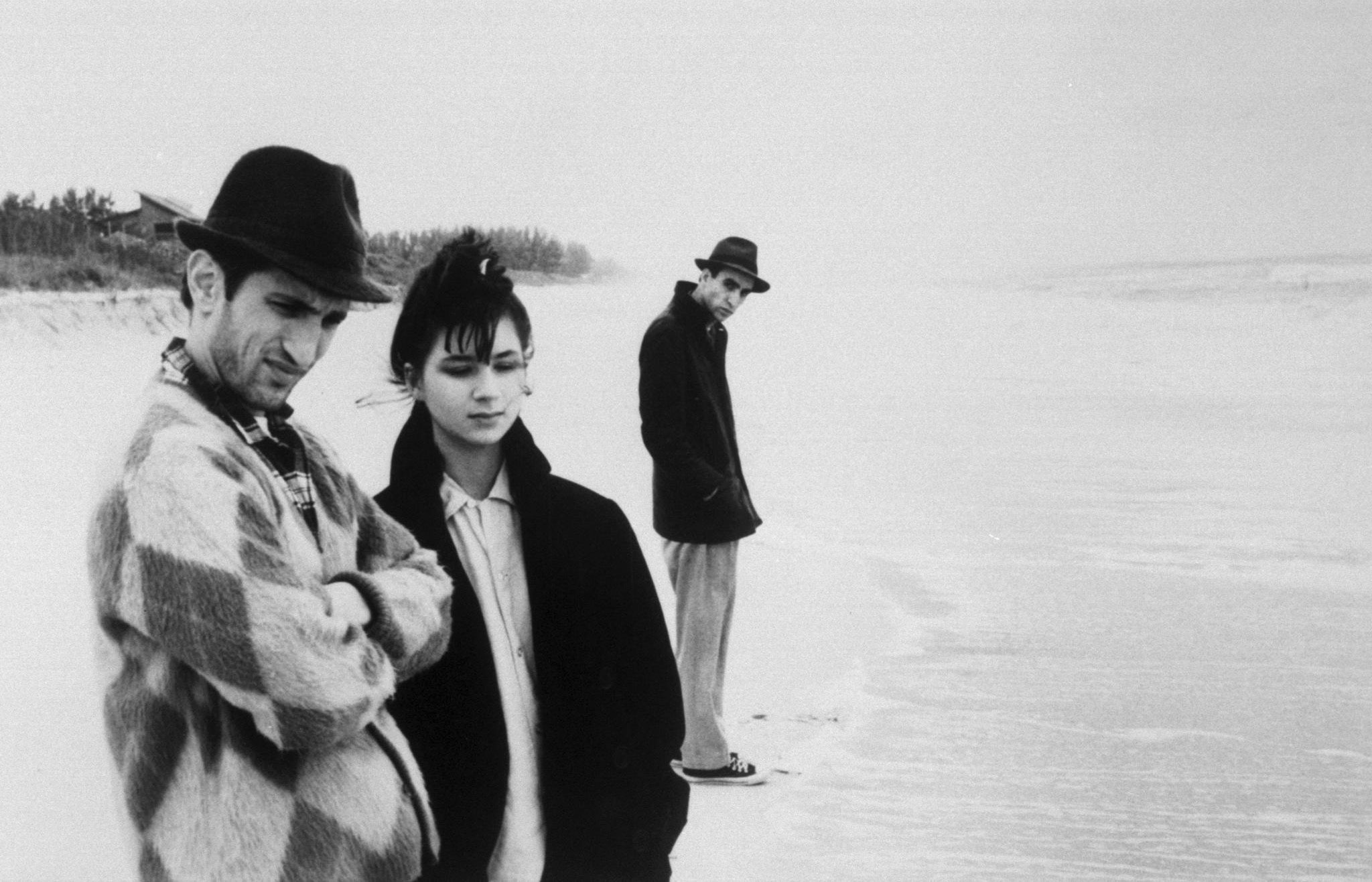 Stranger than Paradise - 1984 - Jim Jarmusch | John Lurie as Willie, Eszter Balint as Eva, Richard Edson as Eddie, Cecillia Stark as Aunt Lotte, Danny Rosen as Billy, Rammellzee as Man With Money, Tom DiCillo as Airline Agent, Richard Boes as Factory Worker, Rockets Redglare, Harvey Perr and Brian J. Burchill as Poker Players, Sara Driver as Girl With Hat, Paul Sloane as Motel Owner | Directed by Jim Jarmusch, Produced by Sara Driver, Written by Jim Jarmusch, Starring, John Lurie, Eszter Balint, Richard Edson, Cecillia Stark, Music by John Lurie, Cinematography Tom DiCillo, Edited by Jim Jarmusch, Melody London, Production company Cinesthesia Productions Inc., Distributed by The Samuel Goldwyn Company, Release dates 1984, Running time 89 minutes, Country United States, West Germany, Language English, Hungarian | Informations, Cast, Video, Dvd Covers, Film Posters, Photographs